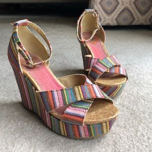 Rainbow stripe Wedges